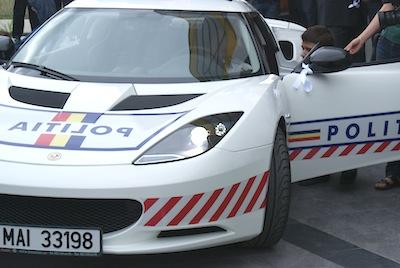Lotus evora s politie