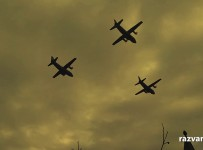 Parada de 1 decembrie 2013 – avioane si elicoptere (video)