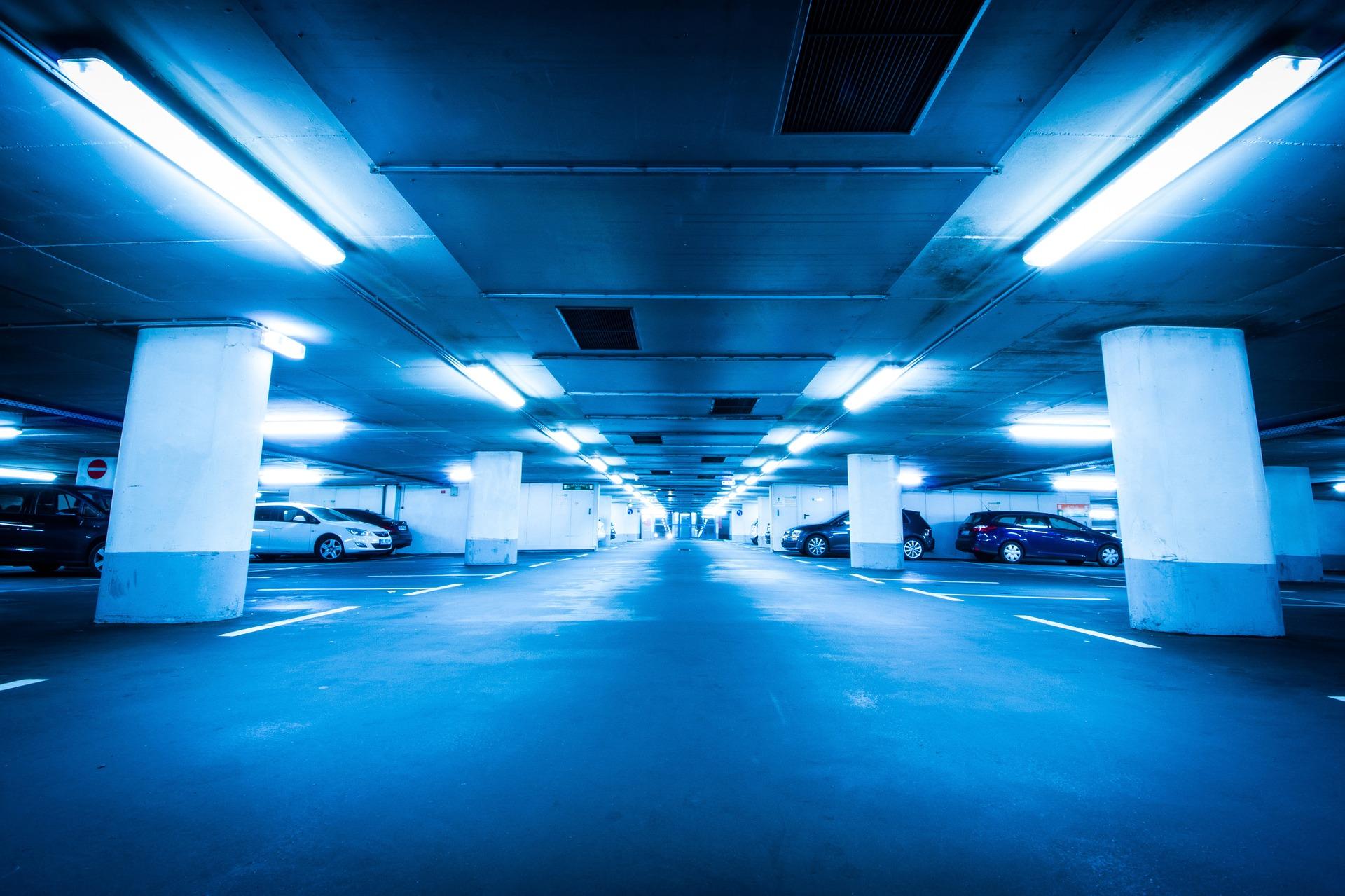 underground-car-park-1032598_1920.jpg